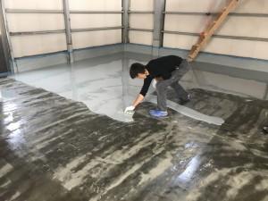 倉庫塗床作業